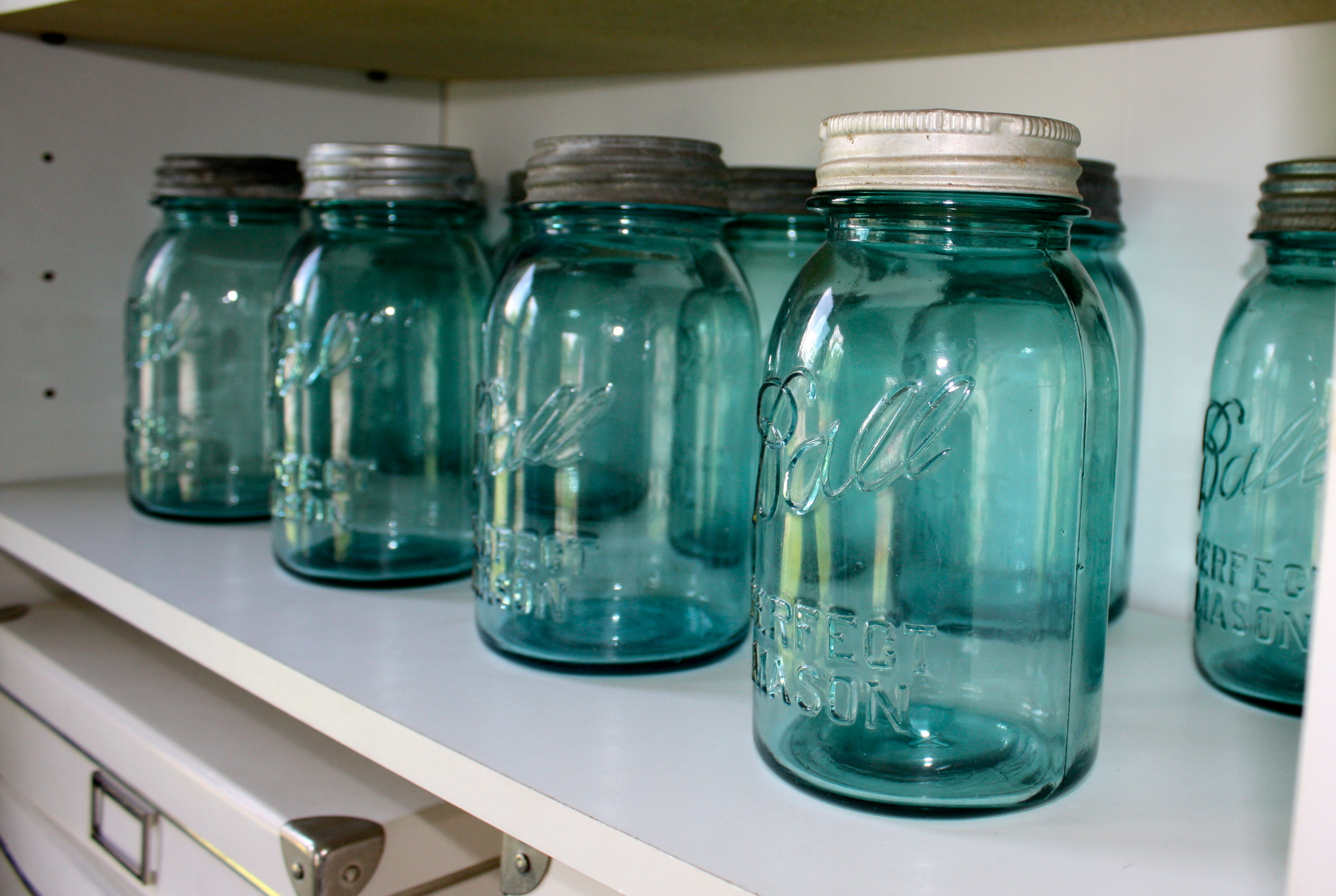 Vintage Feature 8 Things You Want to Know about the Mason Jar
