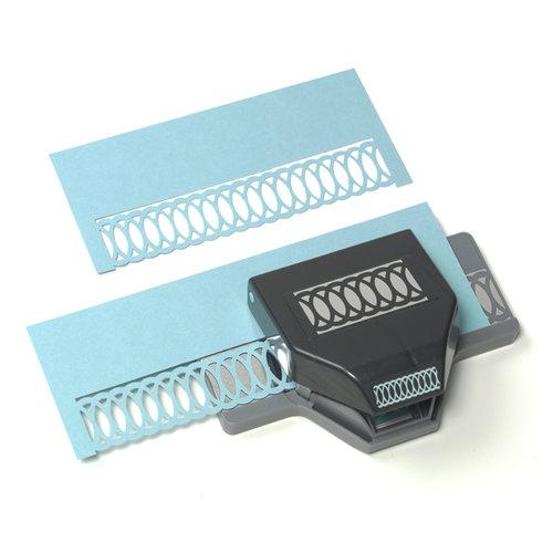 EK Success - Paper Shapers - Slim Profile - Large Edger Punch - Oval Chain