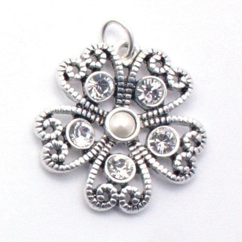EK Success - Jolee's Jewels - Crystallized Swarovski Elements Collection - Celebrations - Jewelry Pendant - Intricate Metal Hearts - Pearl