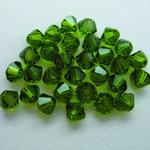 EK Success - Jolee's Jewels - Crystallized Swarovski Elements Collection - Jewelry Beads - Bicone - 4 mm - Olivine