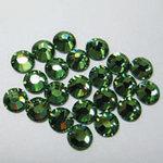 EK Success - Jolee's Jewels - Crystallized Swarovski Elements Collection - Flat Back Hotfix Jewels - 5 mm - Peridot