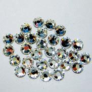 EK Success - Jolee's Jewels - Crystallized Swarovski Elements Collection - Flat Back Hotfix Jewels - 4 mm - Crystal