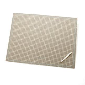 Martha Stewart Crafts - Portable Folding Cutting Mat - 18 x 24