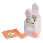 Martha Stewart Crafts - Craft Punch - Medium - Layering Daisy, BRAND NEW