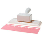 Martha Stewart Crafts - Edge Punch - Simple Scallop, BRAND NEW