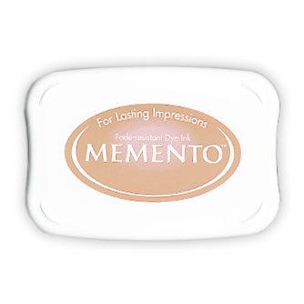 Tsukineko - Memento - Fade Resistant Dye Ink Pad - Desert Sand