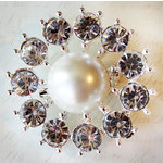 Melissa Frances - Vintage Jeweled Brooch - Grannys Pearl