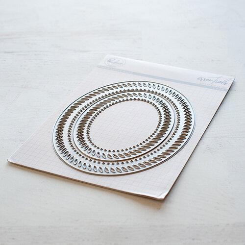 Pinkfresh Studio - Essentials Collection - Dies - Braided Oval