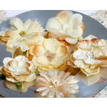 Petaloo - Chantilly Collection - Mixed Blooms Flowers - Cream Gold
