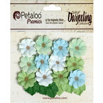 Petaloo - Darjeeling Collection - Floral Embellishments - Mini Daisies with Leaves - Cottage Blue