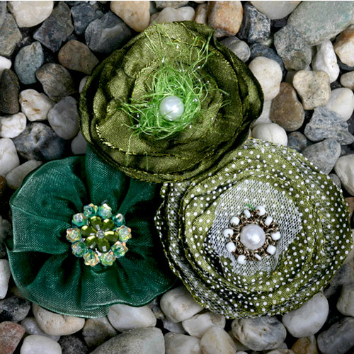 Petaloo - Expressions Collection - Fabric Flowers - Light Green