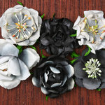 Petaloo - Canterbury Collection - Roses - Charcoal