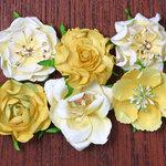 Petaloo - Canterbury Collection - Roses - Lemon