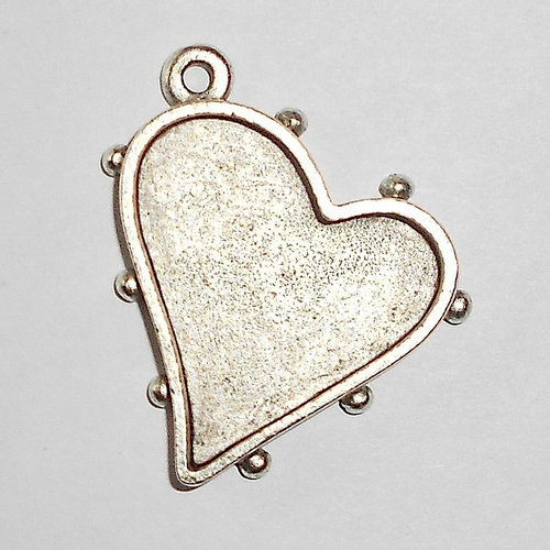 Art Mechanique - Ice Resin - Mixed Metal Bezels - Silver Plated - Hobnail Heart - Small