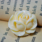 Marion Smith Designs - Junque and Gems Collection - Resin Cabbage Rose - White