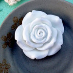 Marion Smith Designs - Resin Rose - Large - White