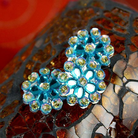 Prima - Monarch Collection - Bling - Flower Center Embellishments - Azure, CLEARANCE