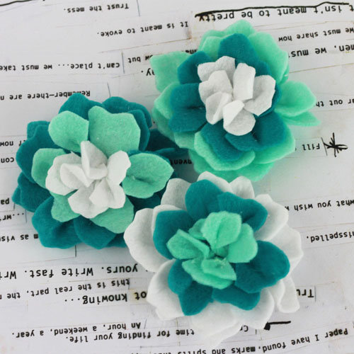 Prima - Poppies and Peonies Collection - Donna Downey - Felt Flower Embellishments - Turquoise