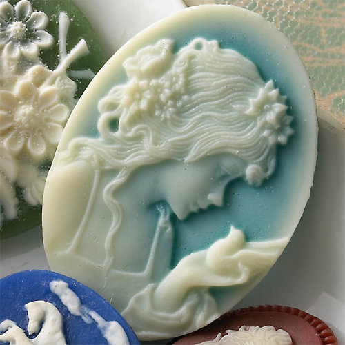 Websters Pages - Silhouettes - Resin Cameo Pieces - Girl and Bird