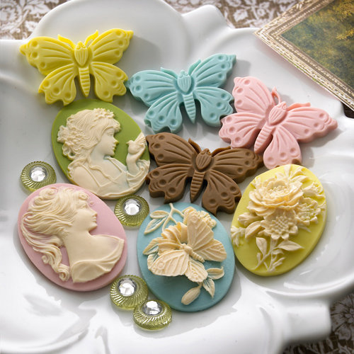 Websters Pages - Everyday Poetry Collection - Perfect Accents - Resin Cameo Pieces
