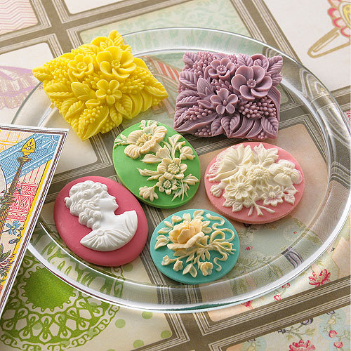 Websters Pages - Girl Land Collection - Perfect Accents - Resin Cameo Pieces