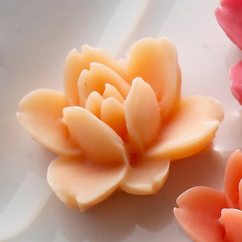Websters Pages - Whimsies - Resin Embellishment Pieces - Lotus Flower Blooms - Peach